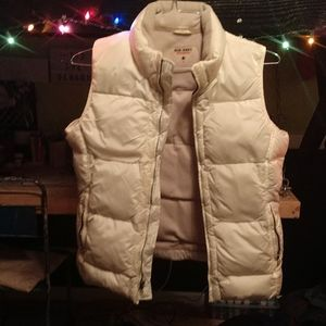 Old navy off white puffer vest